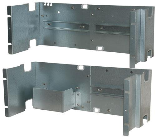 Mounting plate for 19 inch racks