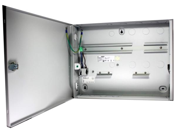 AEC-AMC2-UL1 Enclosure with 1 DIN rail