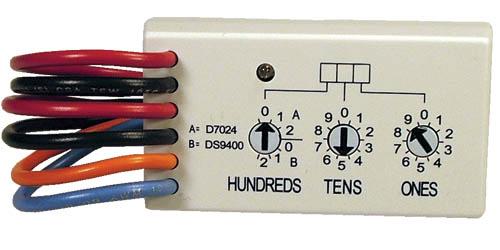 D7044M Multiplex mini single-input module, 12V